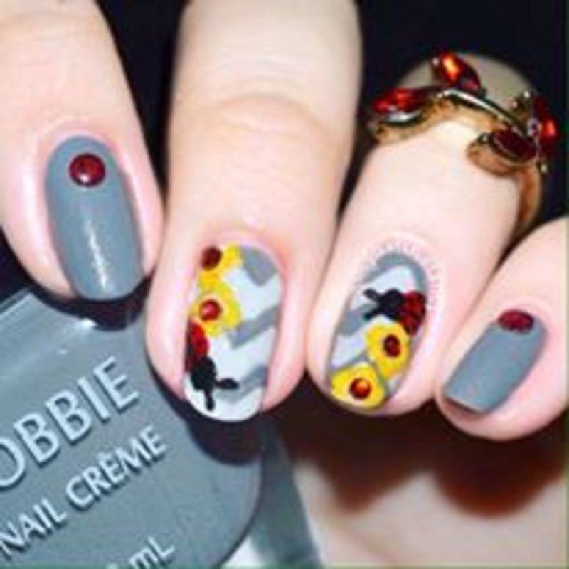 Ladybug nail art by ℐustine