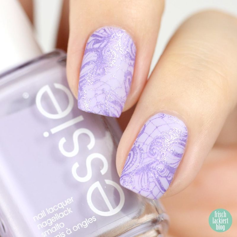 Lace Nailart with essie nail art by Steffi Frischlackiert