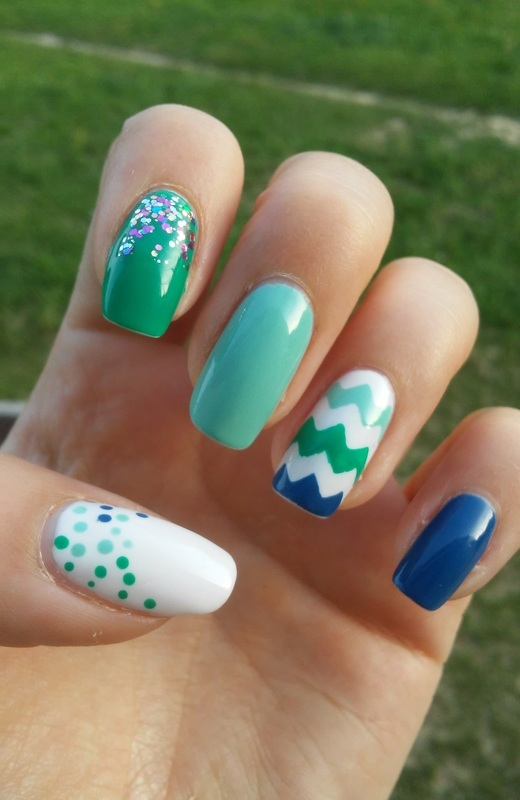 zig zag etc. nail art by irenek