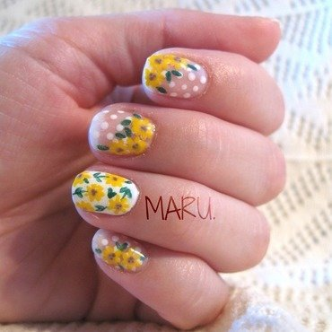 Sunflowers nail art by Martina