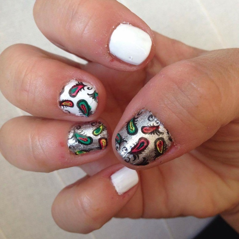 Feather decals nail art by Rezingona