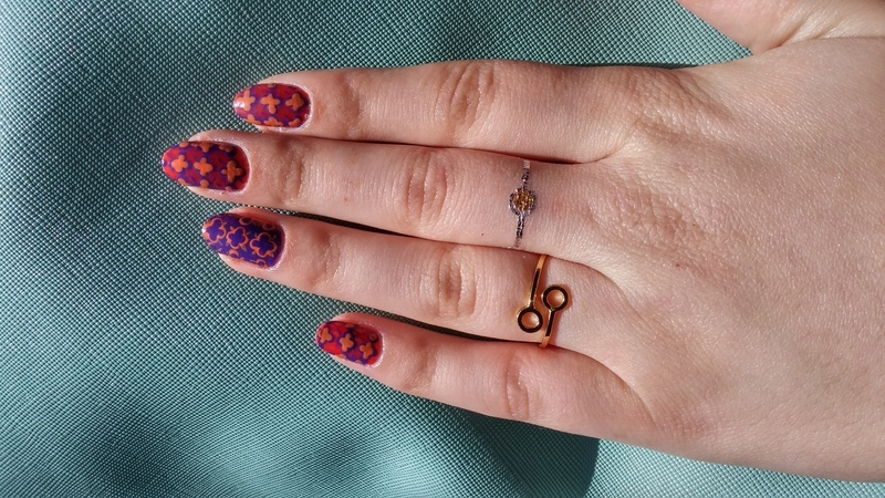 moroccan pattern nail art by Maya Harran