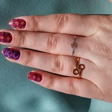 moroccan pattern nail art by Maya Harran