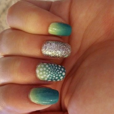 gradient dotticure nail art by Maya Harran