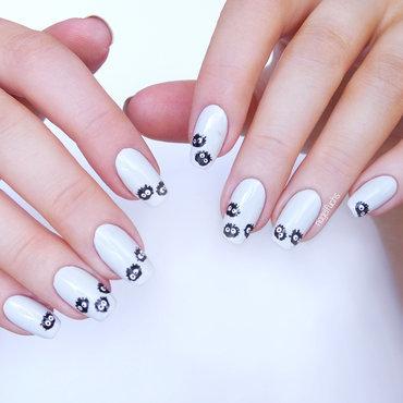 Susuwatari nail art by nagelfuchs
