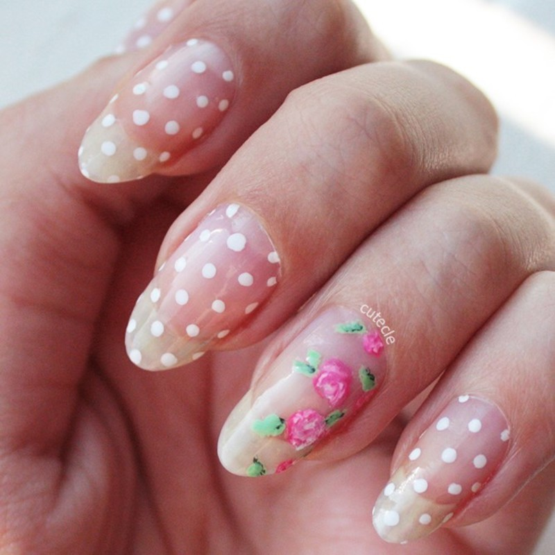 Romantic Negative Space nail art by Cutecle