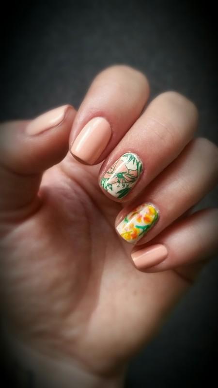 summer flower🌸🌺🌞 nail art by redteufelchen86