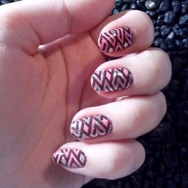 #13 nail art by Lyanna
