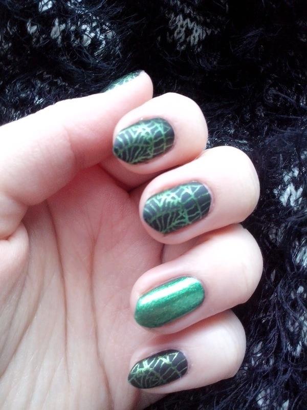 #15 nail art by Lyanna