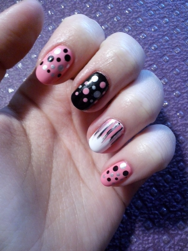 #17 nail art by Lyanna