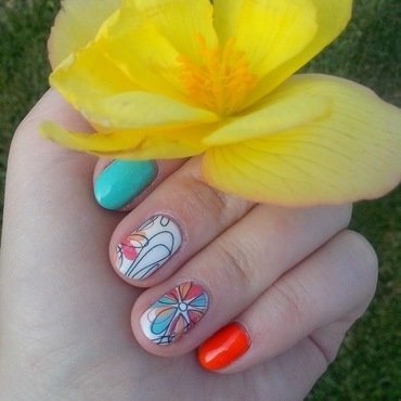 #22 nail art by Lyanna
