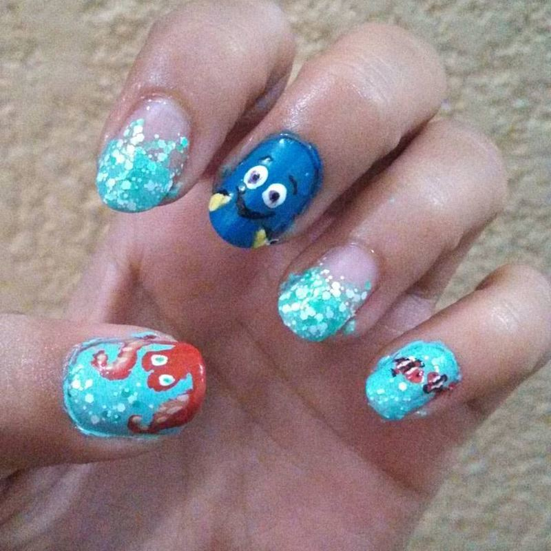 Finding Dory nail art by Luzazul