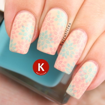 Pastel pink and blue flowers nail art by Claire Kerr