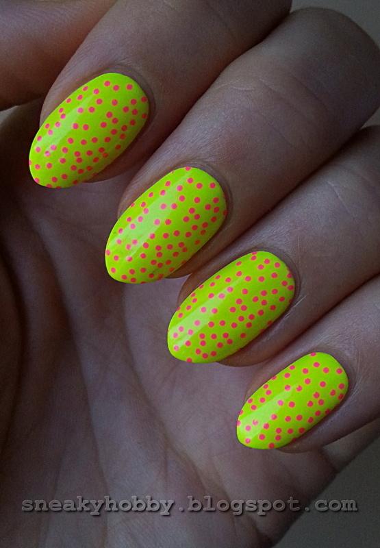 Colour Alike & B. Loves Plates Neons! Vol.1 nail art by Mgielka M