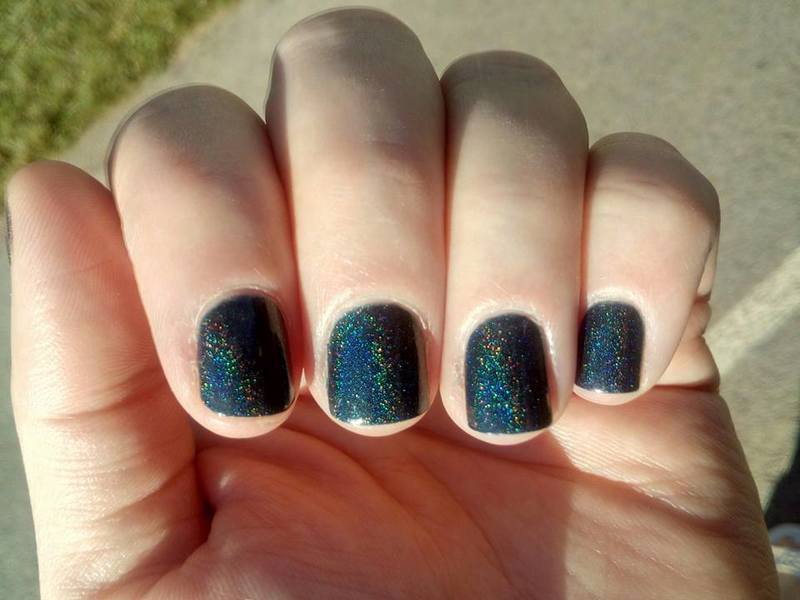 Lilypad Lacquer Deep blue lagoon Swatch by Stephanie