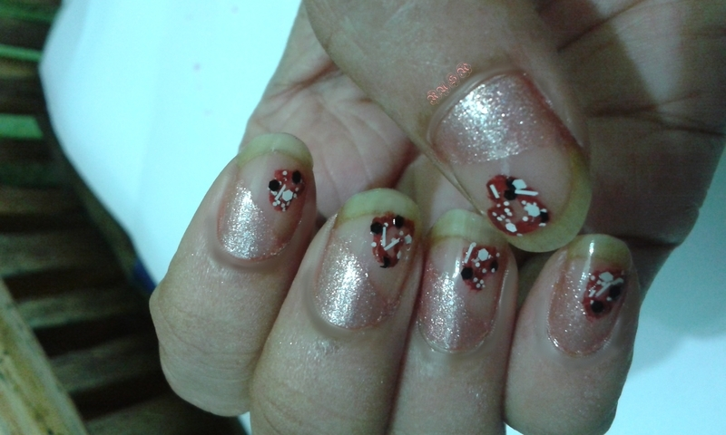 Glitter Love nail art by Rusa
