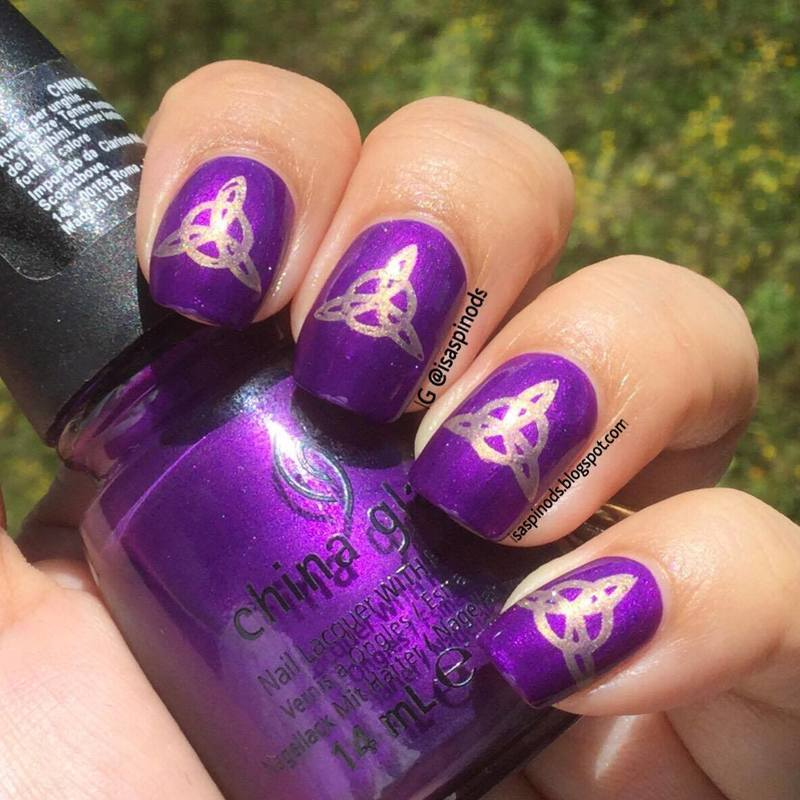 Probando la Placa BP-X12 - Trisquel nail art by Isabel