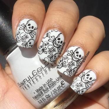 Probando la Placa BP-X13 - Calaveras nail art by Isabel