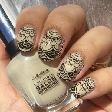 Probando la Placa BP-X15 - Mandala nail art by Isabel