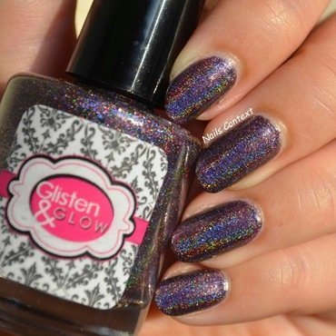 Glisten & Glow Black Roses Swatch by NailsContext