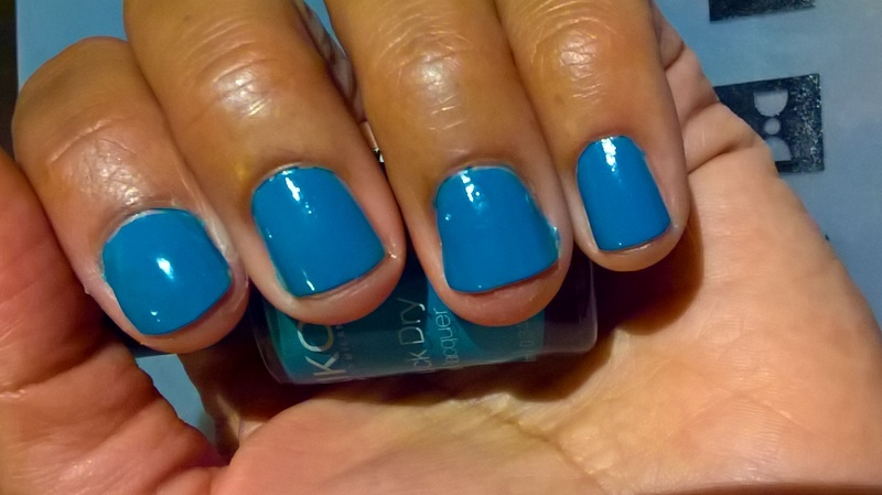Kiko Quick Dry 832 Turquoise Swatch by Avesur Europa