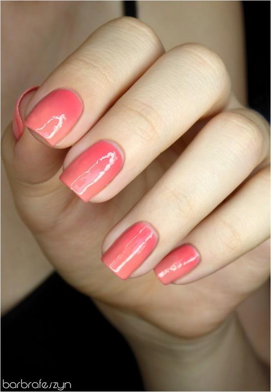 Soft pink gradient nail art by barbrafeszyn