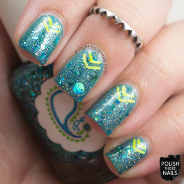 Teal sparkly glitter neon chevrons festival nail art 4 thumb370f