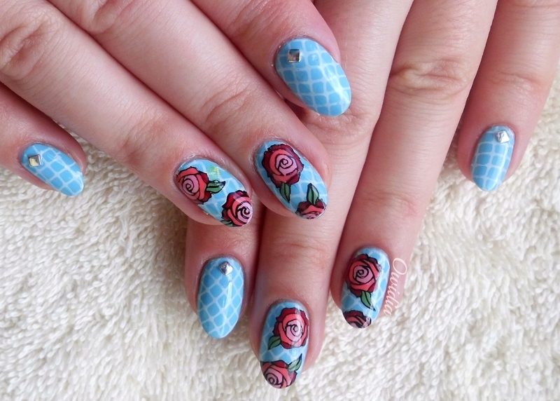Roses on lace. nail art by Owidia
