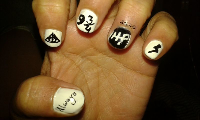 A Tribute to the Harry Potter series nail art by Rusa