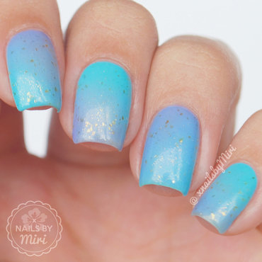 Blue Purple Gradient nail art by xNailsByMiri