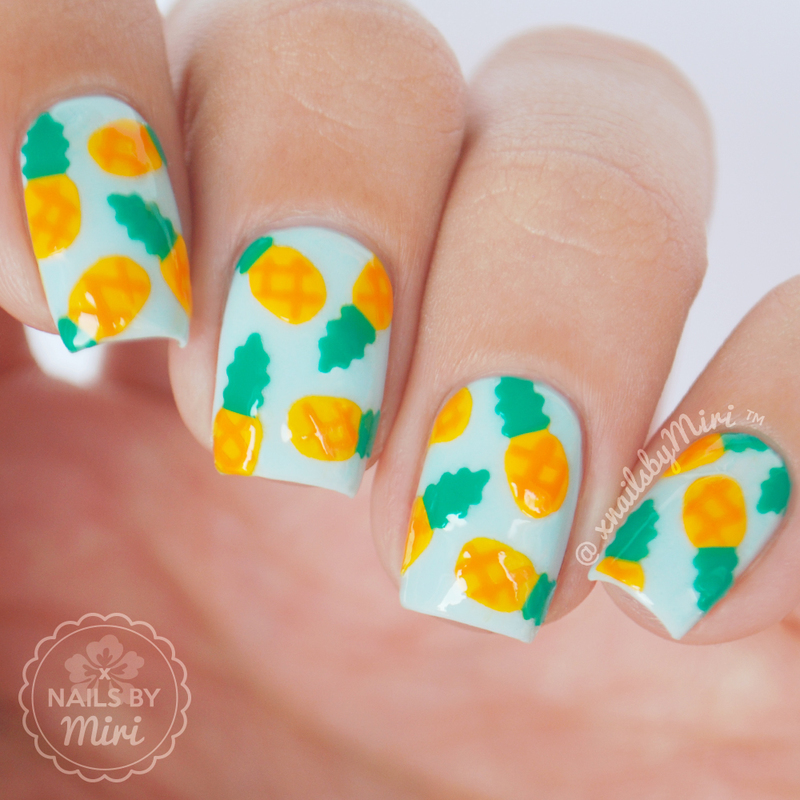 Pineapple Print nail art by xNailsByMiri