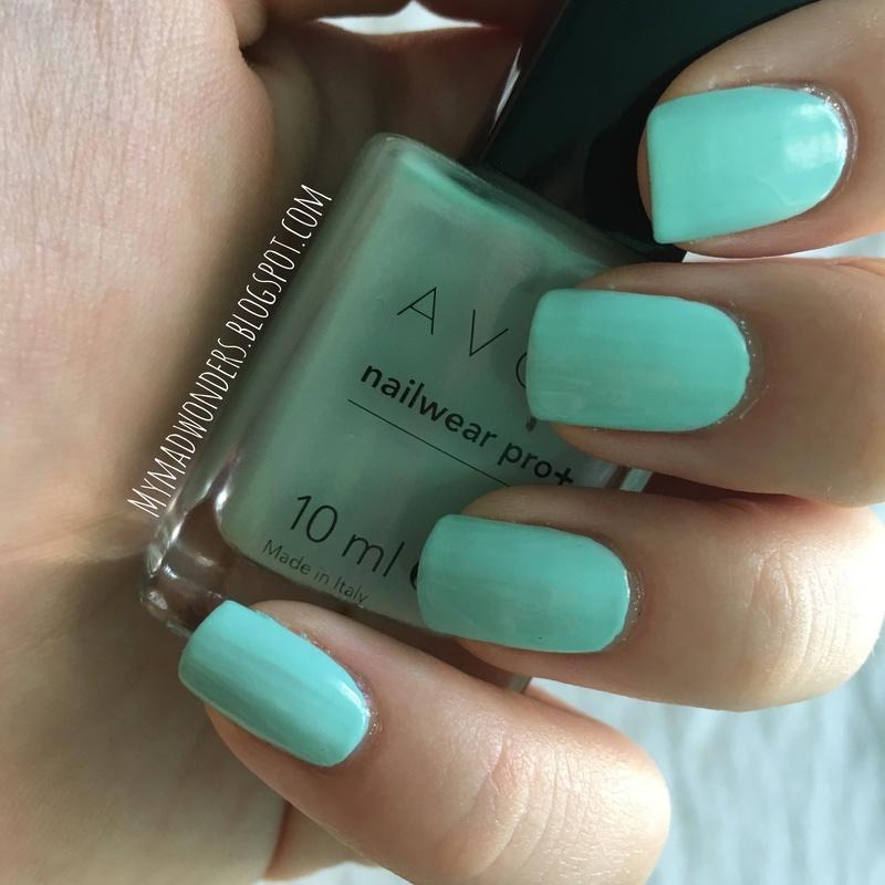 Avon Aqua Verve swatch nail art by Bajjjbeee