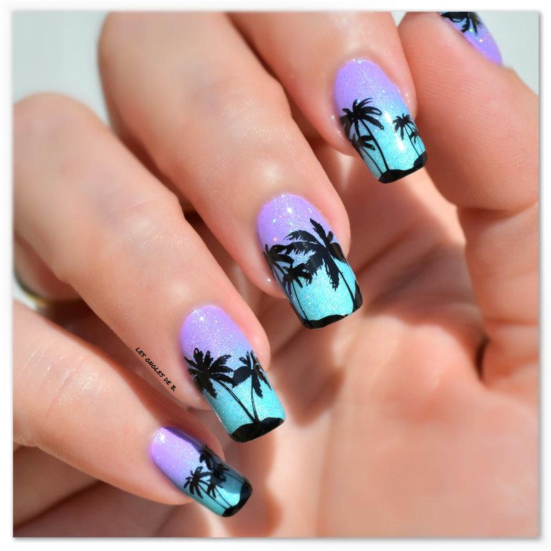 Sable chaud et cocotiers nail art by Les ongles de B.
