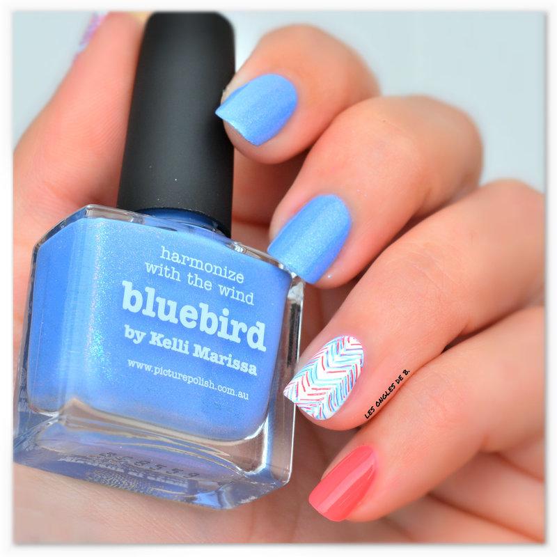 Bleu & Rouge nail art by Les ongles de B.