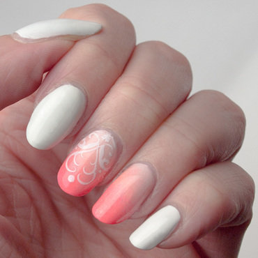 Nude to neon manicure nail art by What's on my nails today?