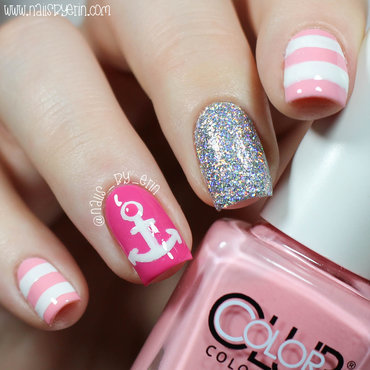 Pink 20nautical 20nails 20pic1 thumb370f