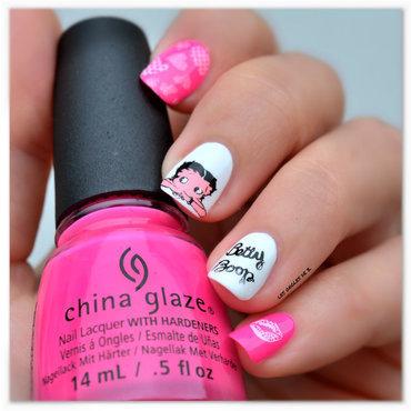 Betty Boop nail art by Les ongles de B.