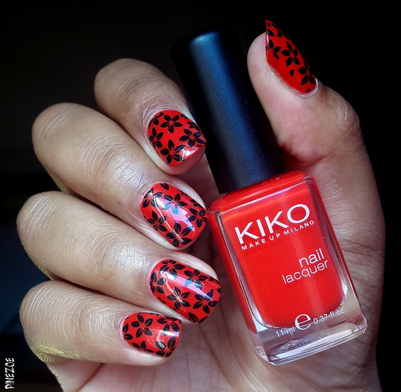 Red and black flowers nail art by Pinezoe