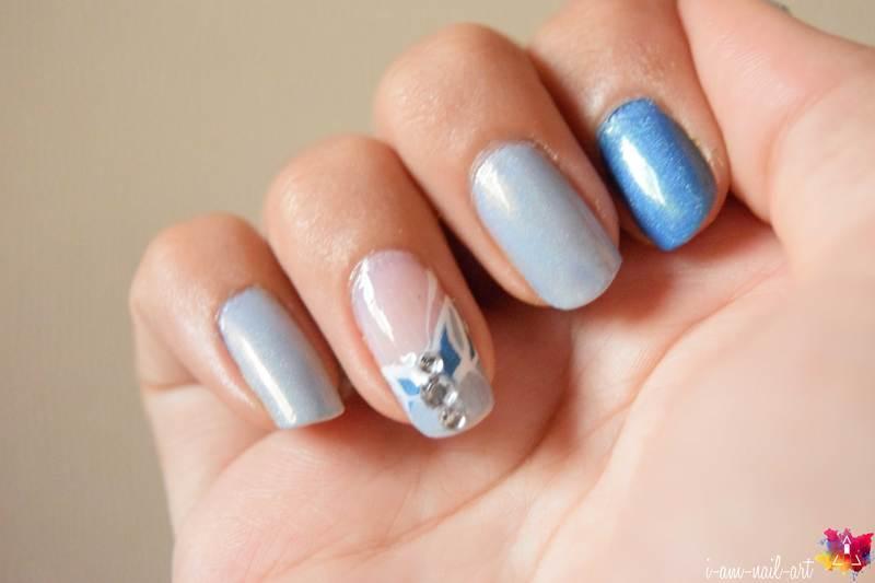 Strass & Lines nail art by i-am-nail-art