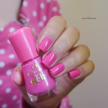 Essence 20 23lucky 20 2  thumb370f