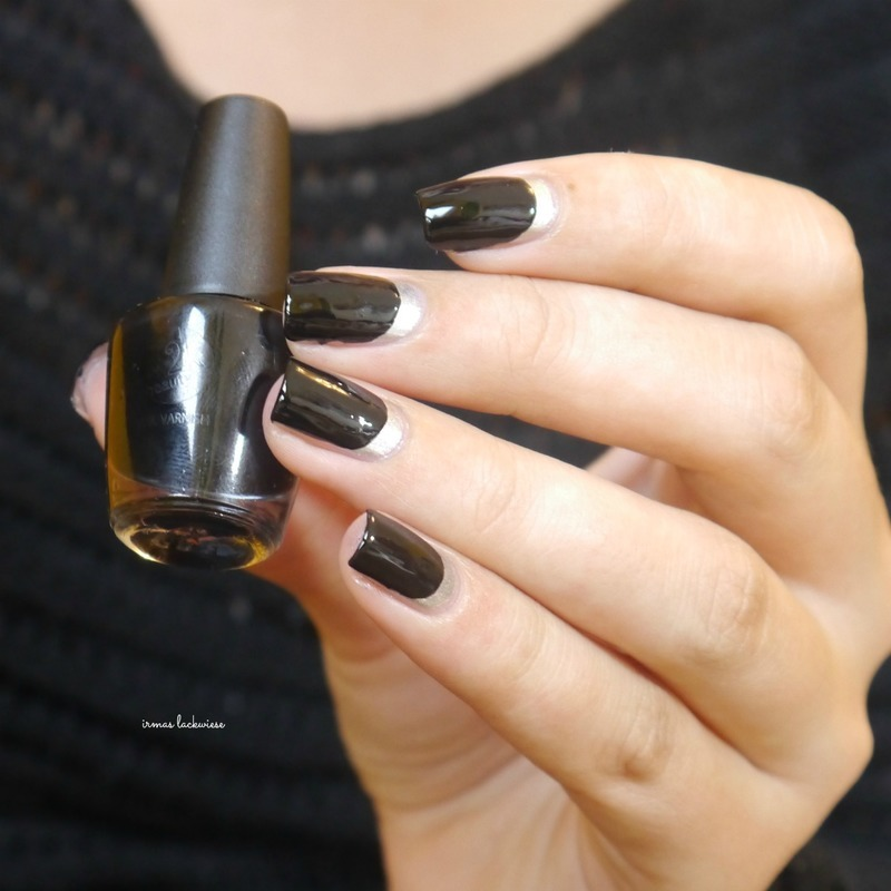 black and silver ruffian nail art by irma
