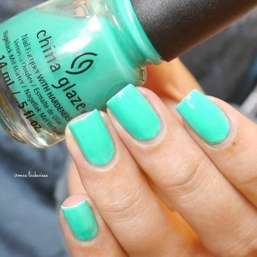 China Glaze Keepin' it teal Swatch by irma