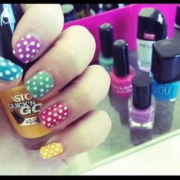 Candy Dots nail art by SakaNail