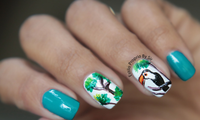 Nail art Tucano nail art by Siça Ramos