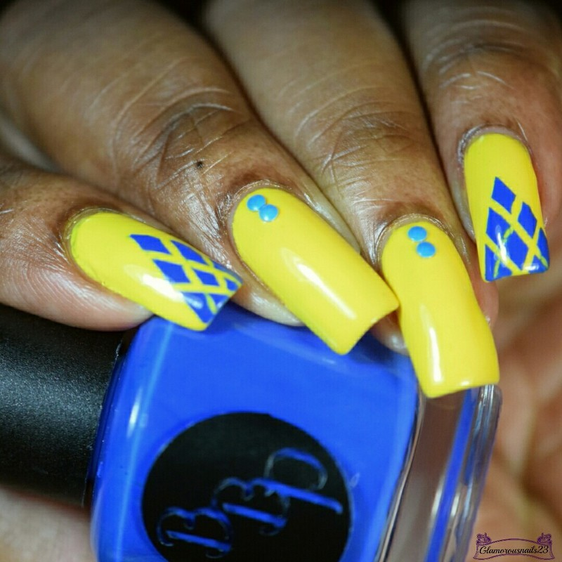 Blue Diamonds  nail art by glamorousnails23
