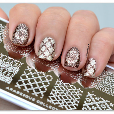 Arabesque nail art by Les ongles de B.