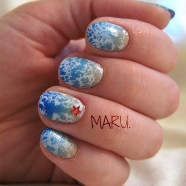 Waves nail art by Martina