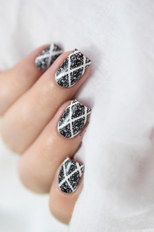 Baroque nails nail art by Marine Loves Polish