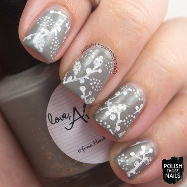 Love angeline carry on grey flakie crelly leaf nail art 3 thumb370f