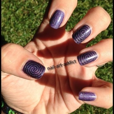 Nail Art : Stamping Psychedelique nail art by SowNails